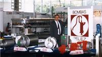 Candi Granés constitui a INOXPA a partir da empresa Bombas Félez, dedicada ao fabrico de bombas de água.
